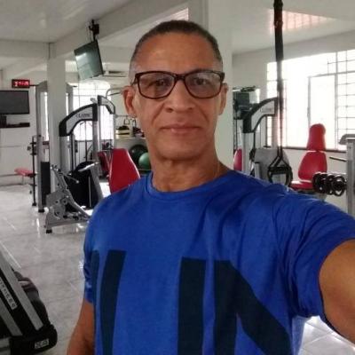 Professor Roman cliente Samapyo Ferraz